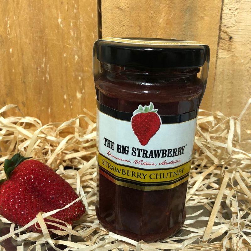 Big Strawberry +quotStrawberry +quot Chutney 290g