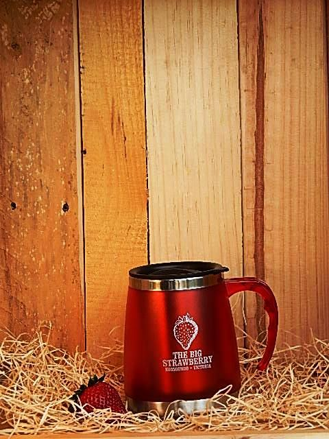 Big Strawberry Insulated Mug RED