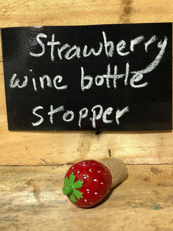 Big Strawberry Wine Stopper