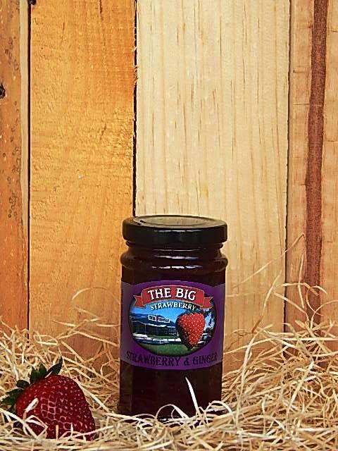 Big StrawberryandquotStrawberryandquot and Ginger Jam 290g