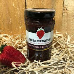 Big Strawberry +quotStrawberry+quot + Cherry Jam 290g