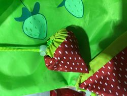 Big Strawberry reusable strawb carry bag