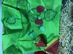 Big Strawberry reusable strawb carry bag